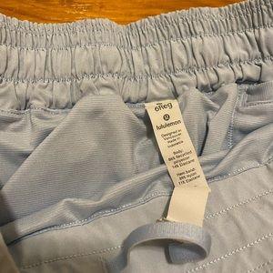 lululemon athletica Shorts - Lululemon Hotty hot shorts 2.5
